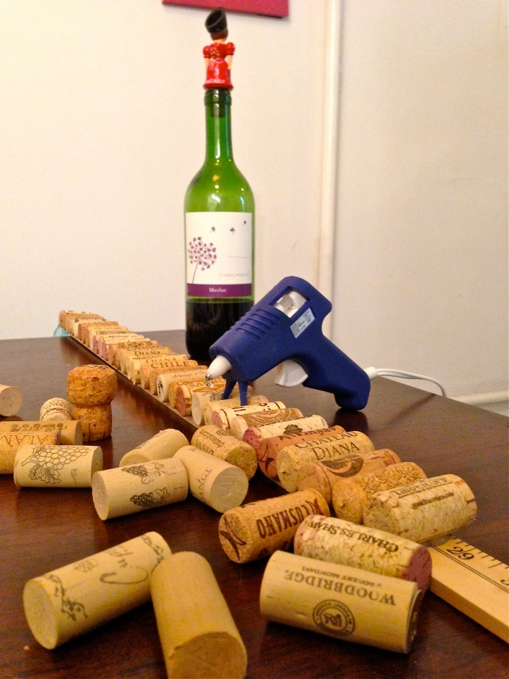 diy wine-cork board